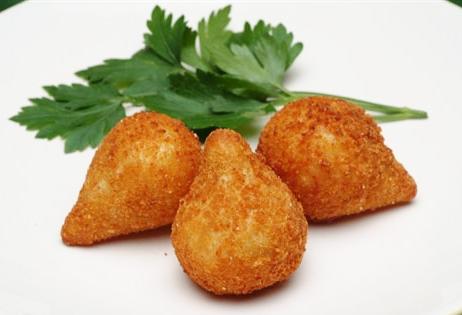Chicken croquette - coxinha de galinha